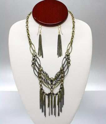 Lizbeth Drape Necklace