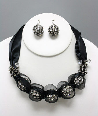 Fran Necklace Set