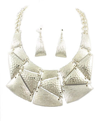 Geometric Bib Necklace Set