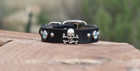 Extra small Skull and crossbones dog and puppy collars
