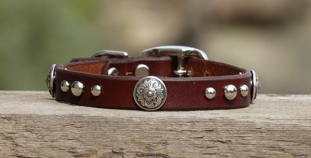extra smaill brown leather dog collar with floral conchos