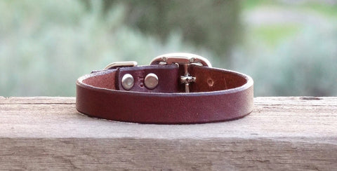 tiny plain leather puppy collars