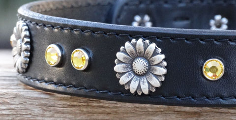 Leather girl dog collar with flowers and crystals
