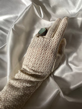 Load image into Gallery viewer, Vintage 50s Mid Length Gloves - Sally De La Rose