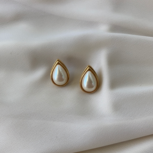 Load image into Gallery viewer, Vintage Monet Tear Drop Pearl Studs