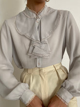 Load image into Gallery viewer, Antique Peter Pan Collar Blouse