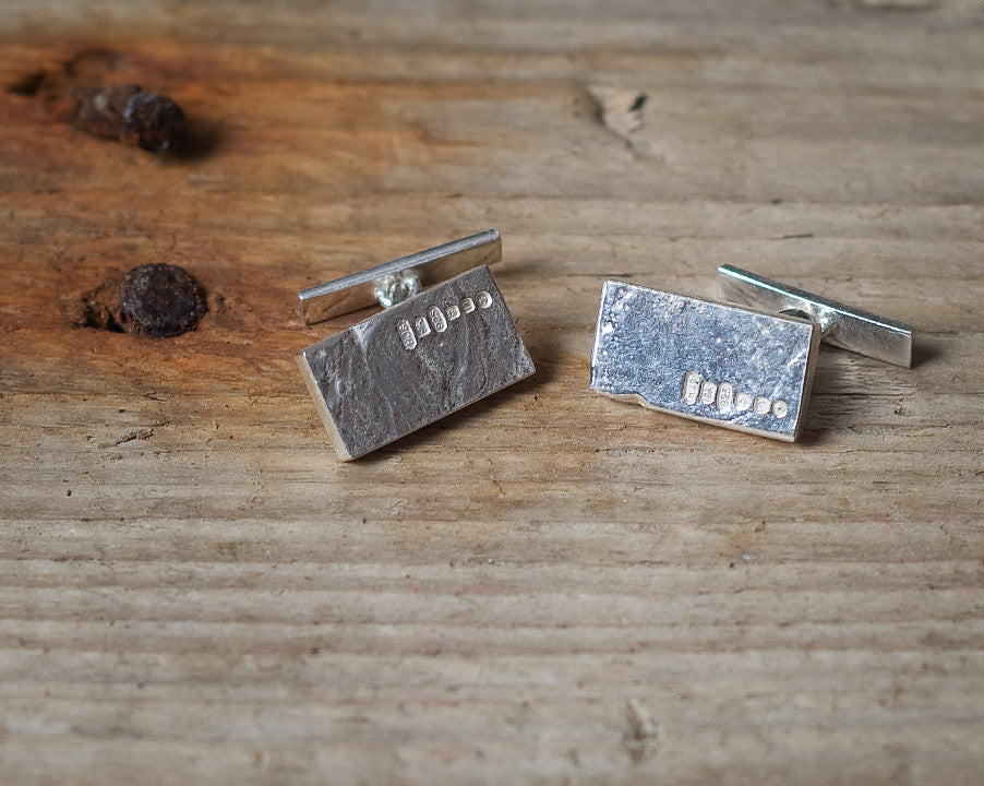 Ingot cufflinks chain and bar