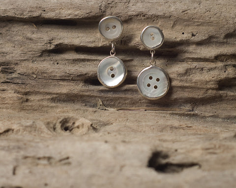 Inline button earrings