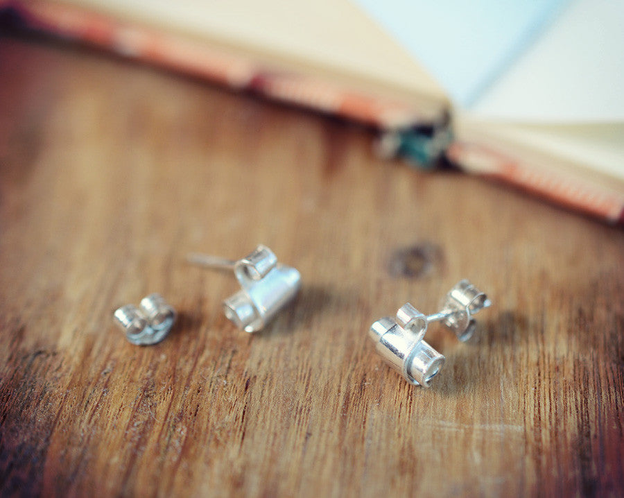 Swan neck tiny taper stud earrings