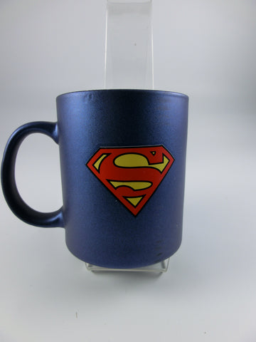 Becher Superman Logo
