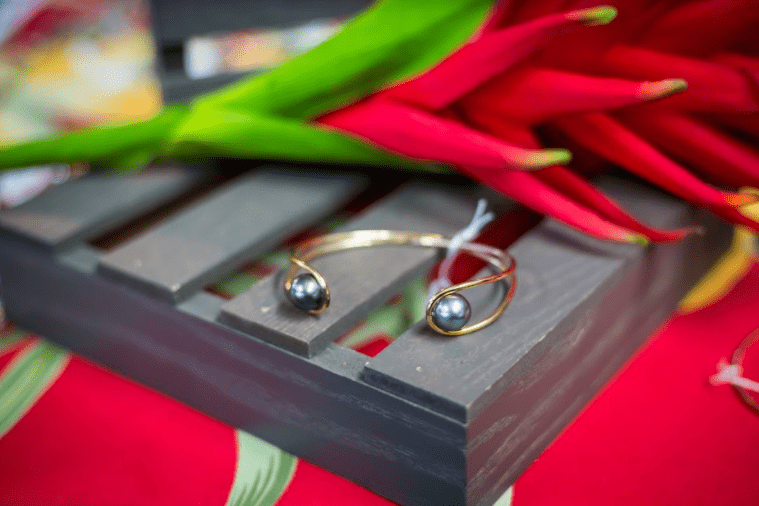 Tahitian Pearl Bangle: Gold Filled
