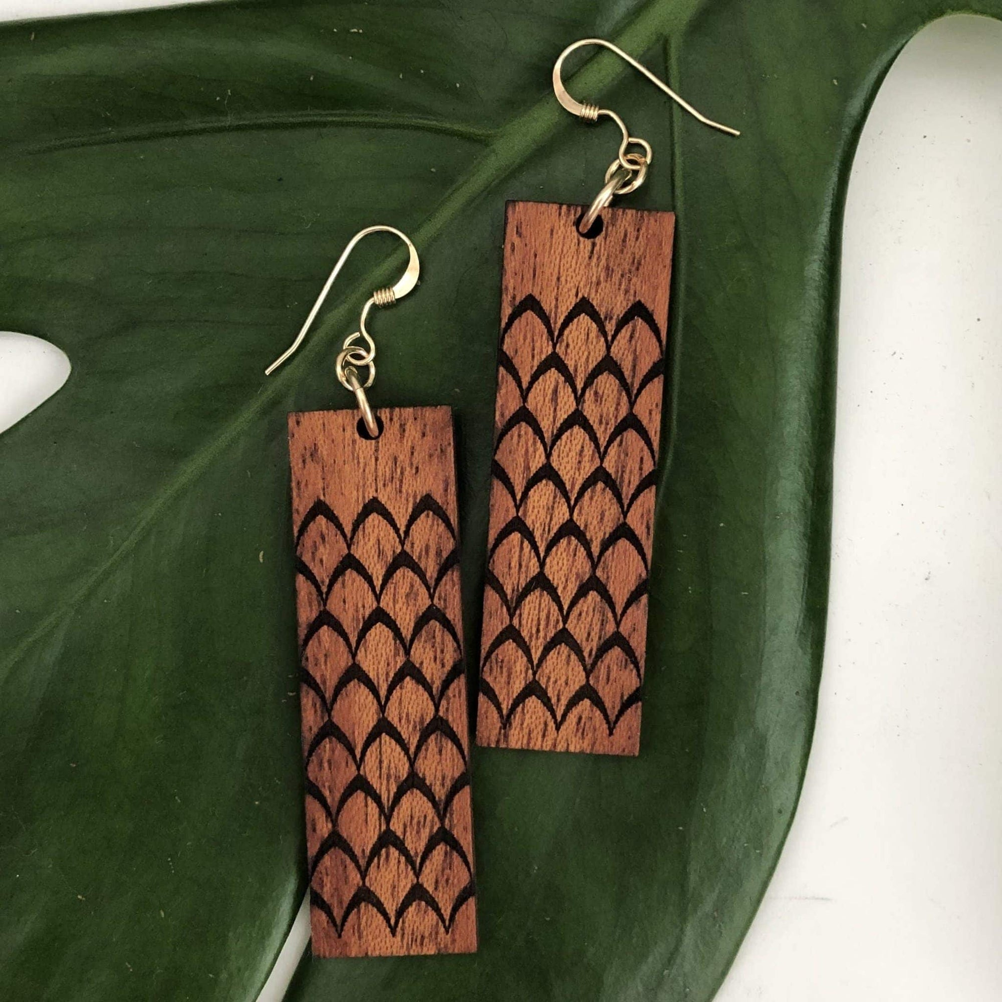 Ahu 'ula Hawaiian Koa Wood - 14k Gold Filled Earrings