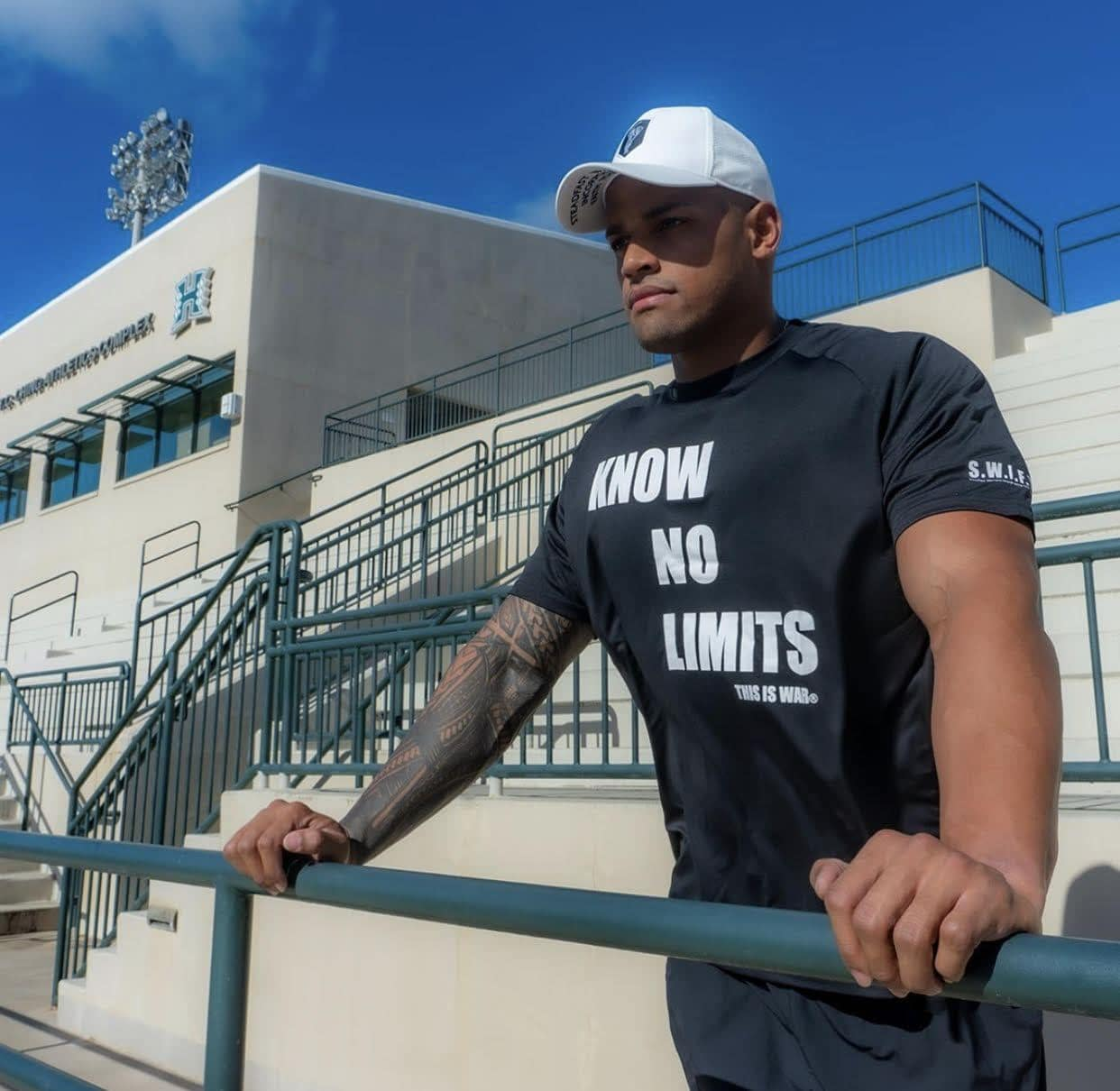 Dry Fit Know No Limits Shirt Black