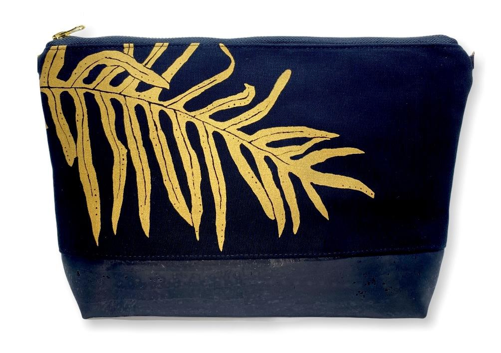 Laua'e Large Purse: Black w/ Gold and Black Cork