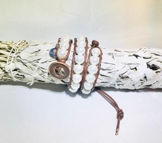 8 mm White Shell Pearl - Double Wrap Leather Bracelet