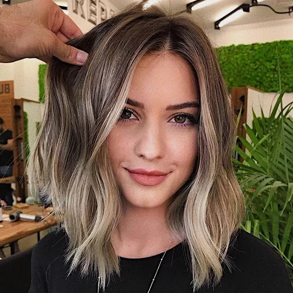 2020 Beauty Short Blonde Wig