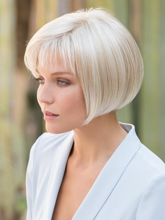 2020 New Charming White Gold Short Wig