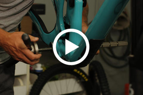 How To Remove, Grease, and Install Bottom Brackets - Threaded and Pressfit [Video]