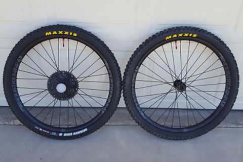Industry Nine Enduro 305 Wheelset: Rider Review