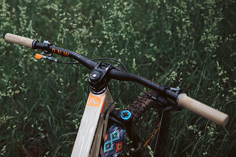 PNW Loam Grips - Four New Colors: Employee Review