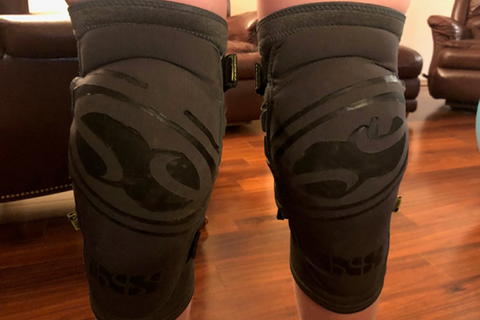 iXS Carve Evo+ Knee Pads: Rider Review