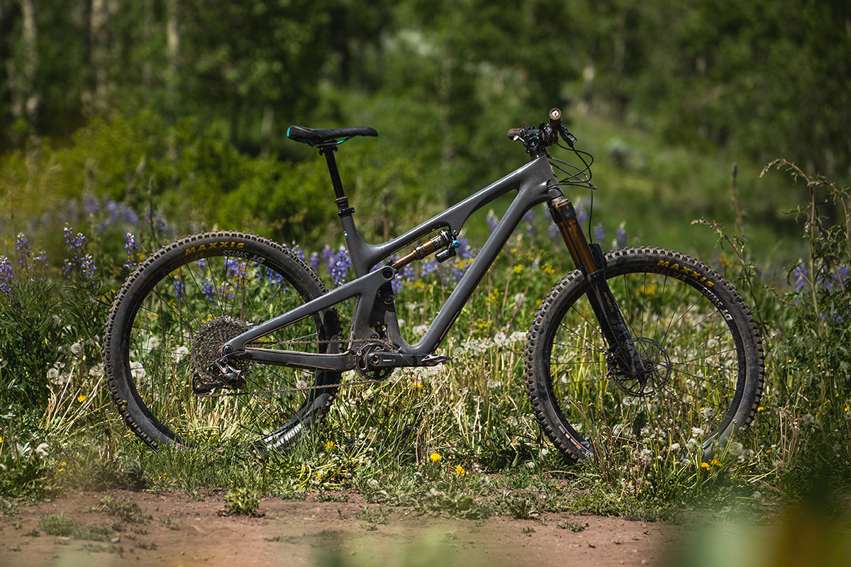 2020 Yeti SB140 Bike Review - Grey - Worldwide Cyclery