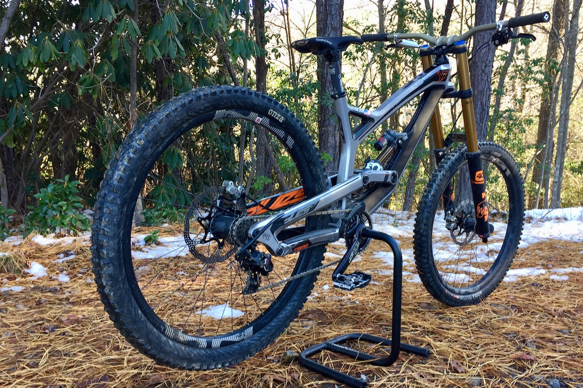 E*Thirteen LG1r Carbon Wheels Review - Worldwide Cyclery