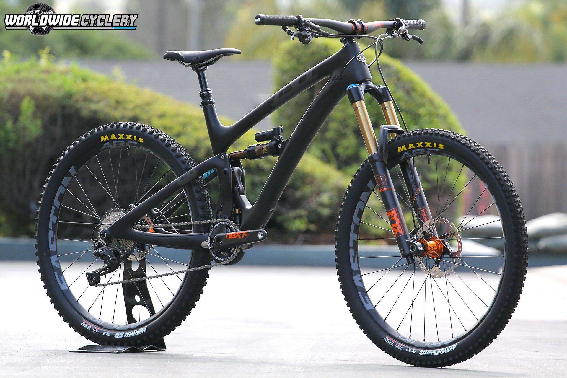 Yeti SB6c RaceFace Orange