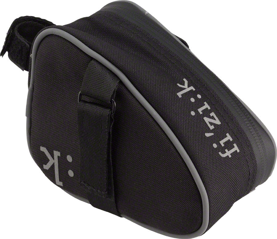 Fizik Saddle Bag with Velcro Med Anthracite