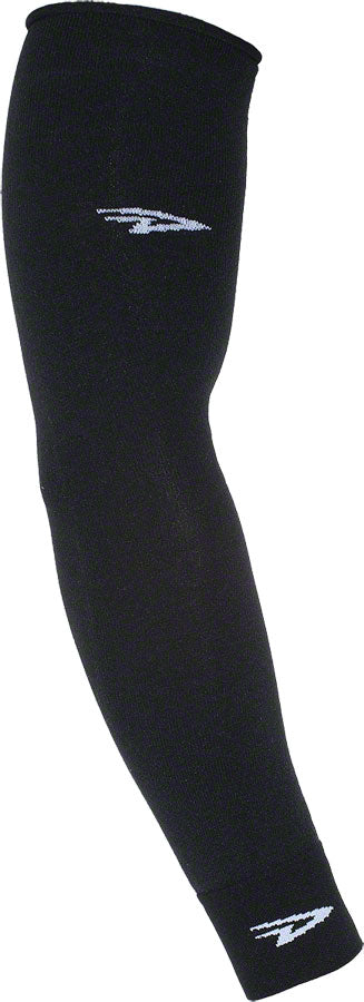 DeFeet Armskins: Black SM/MD MPN: ARMBK101 UPC: 682864020112 Arm Warmer Armskins