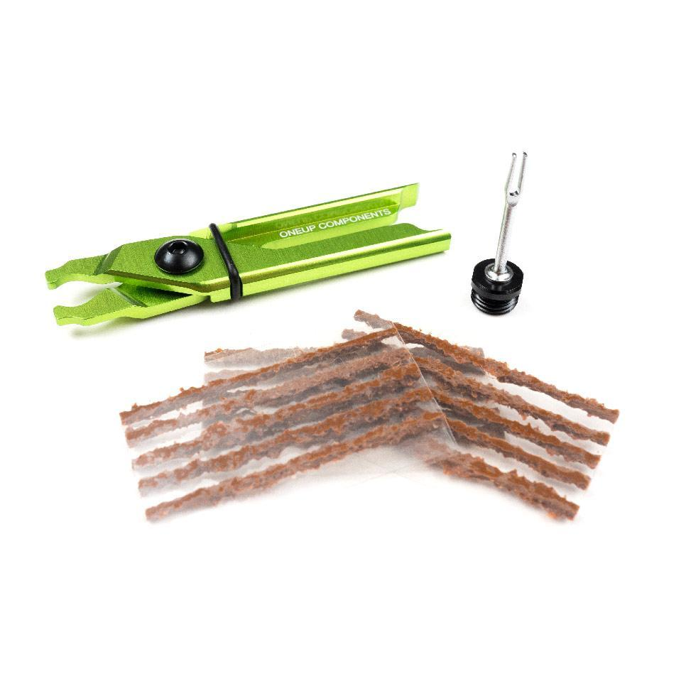 OneUp Components EDC Plug & Pliers Kit, Green