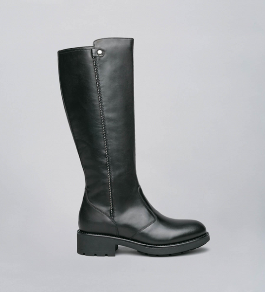 Women's Leather Boots In Black