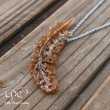Load image into Gallery viewer, Golden Glittery Feather Necklace