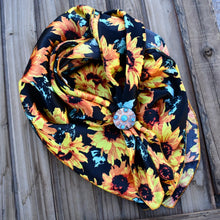 "Load image into Gallery viewer, 36"" Black Sunflower Wild Rag"