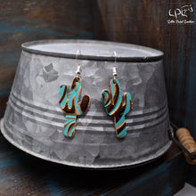 Load image into Gallery viewer, Turquoise Swirl Leather Earrings