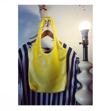 Load image into Gallery viewer, lemon yellow leather shimmer hobo