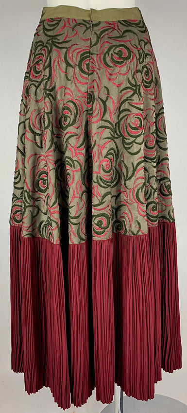 Embroidered Pleated Skirt OLIVE