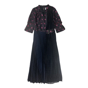 Pleated Embroidery Dress BLACK