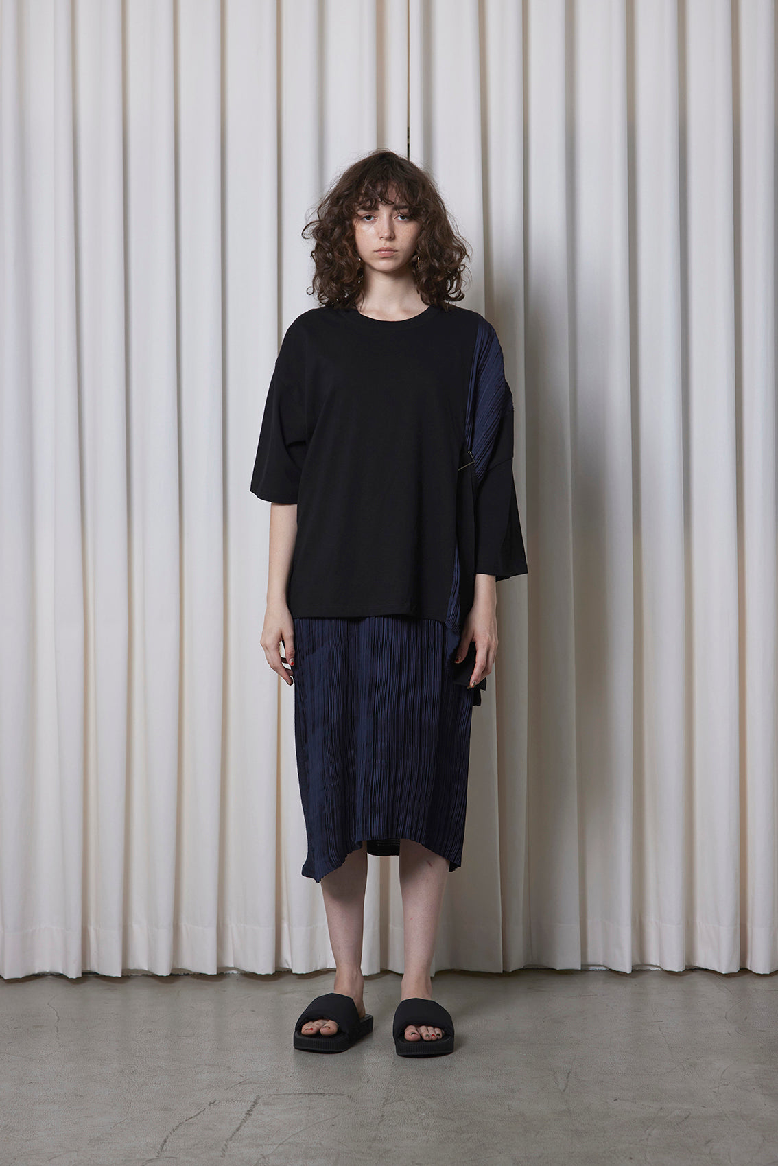 Belted Pleated Tee BLACK