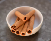 Load image into Gallery viewer, Cinnamon Sticks/Bark