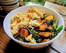 Load image into Gallery viewer, Breakfast Scramble with veggies featuring SpiceFix Cumin Powder