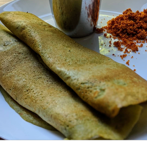 Indian pancakes made with SpiceFix Moringa powder and sprinkle of cinnamon powder inside