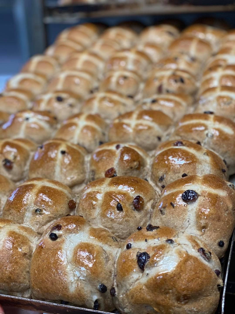 Hot Cross Buns 6 pack (Traditional)