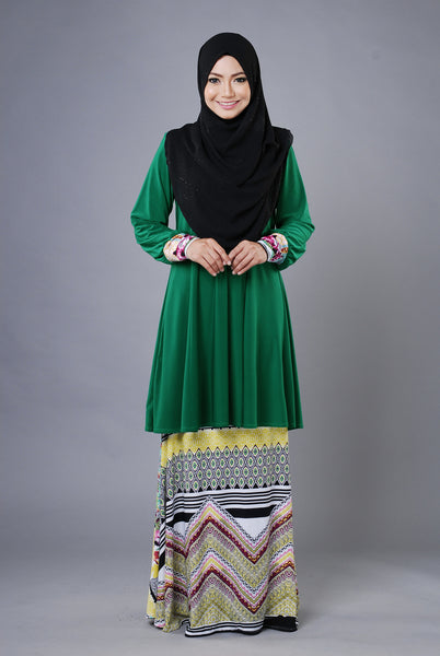 SR030E - RAISYA (Top+Skirt)