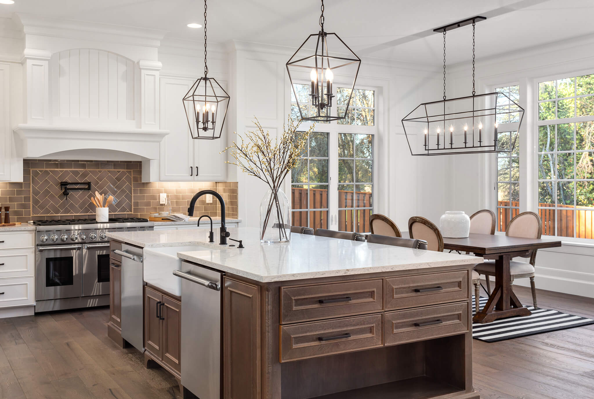 Traditional Style Kitchen Interior Design