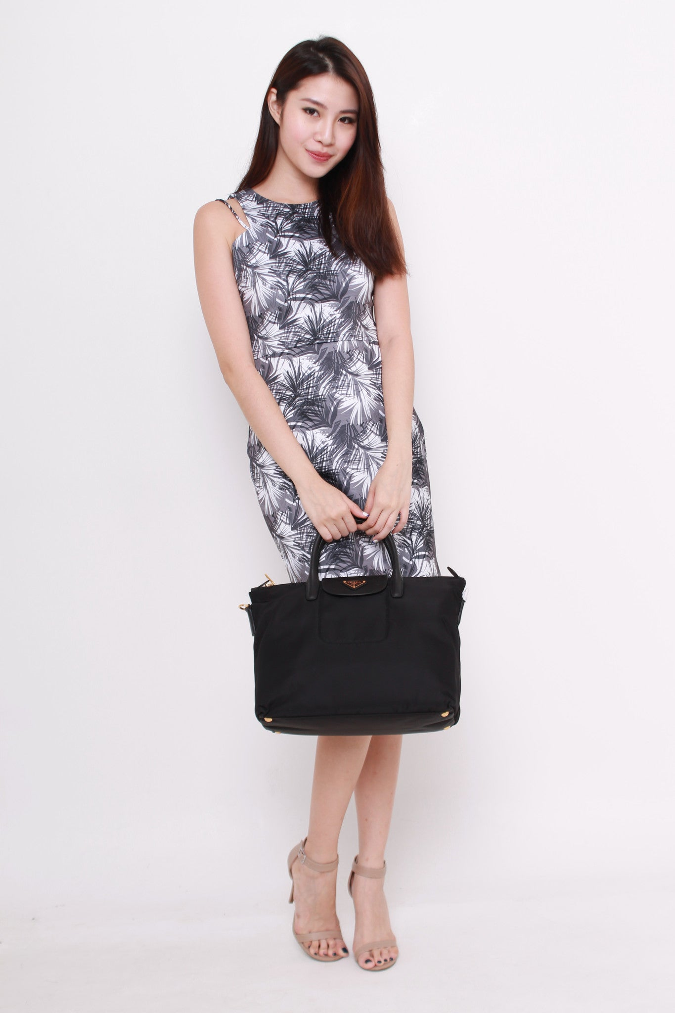 Yale Cut In Dress in Palm Prints (Grey)