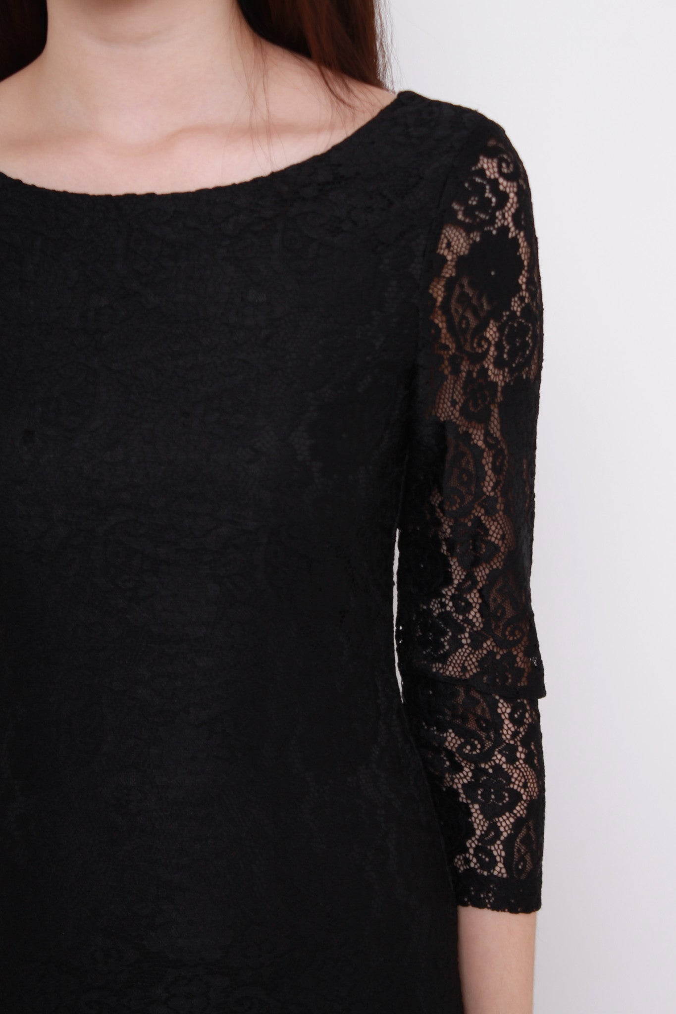 *NASSA* Taylor Lace Dress in Black