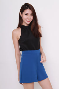 Queenie Cut In Top in Black