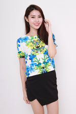 Load image into Gallery viewer, Sadie Garden Floral Crop Top