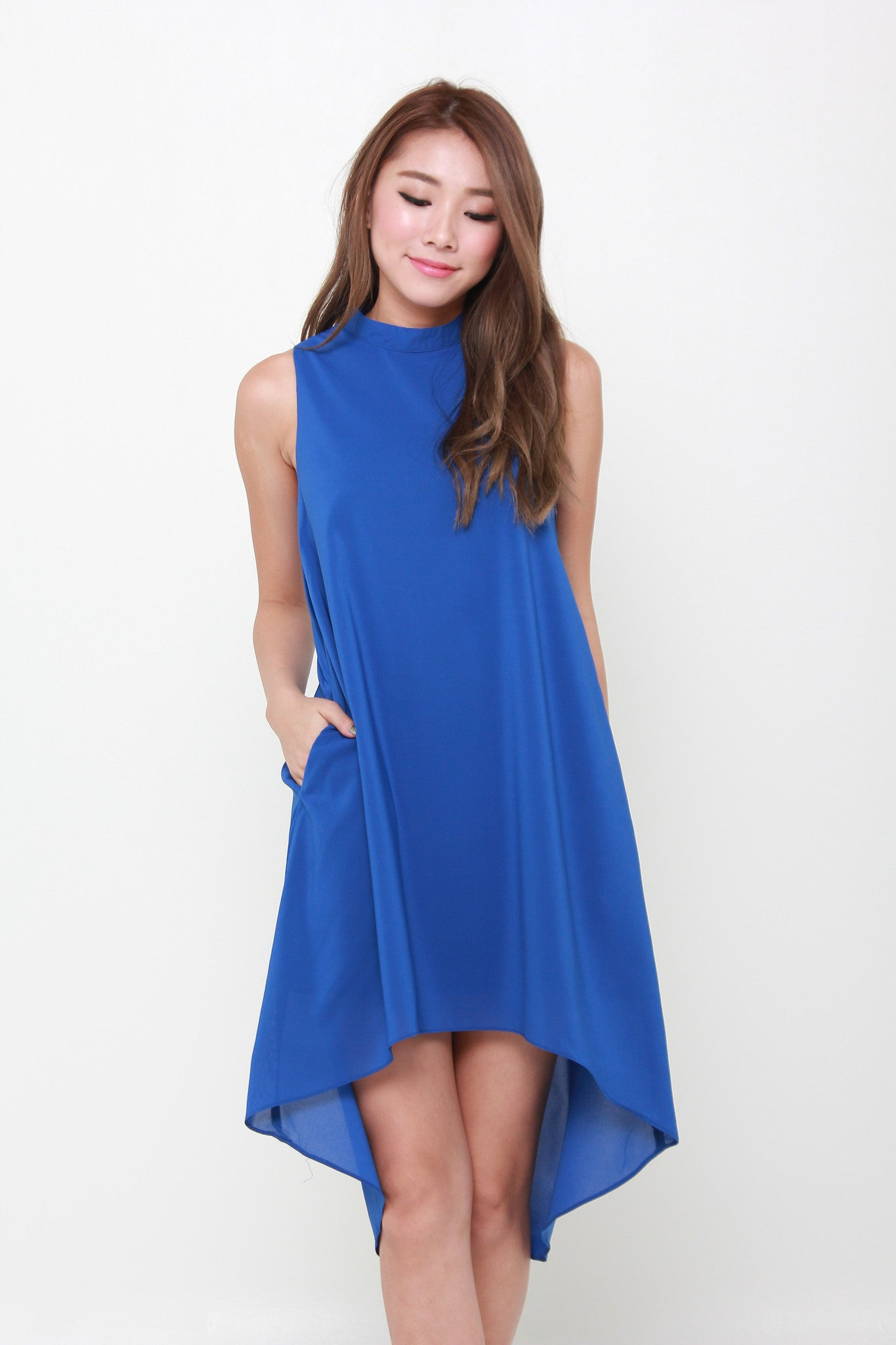 Klara V Back Dip Hem Trapeze Dress in Blue